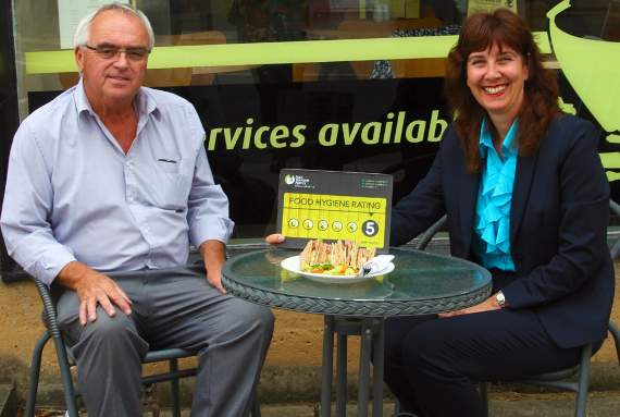 Thurrock Council launches campaign to highlight good - and bad - food hygiene ratings