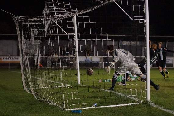 Tilbury 2-1 Waltham Abbey - Mikey's Soccer Snaps